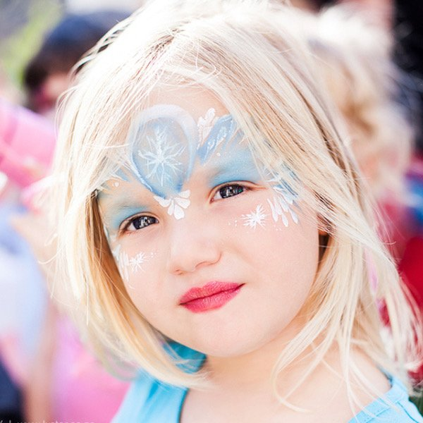 Face Painter in London Slider by Bazinga Parties mobile